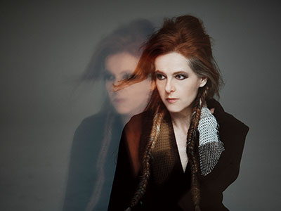 Neko Case<br />with Thao (of The Get Down Stay Down)
